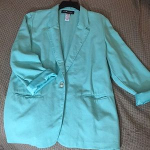 Vintage-esque single-button teal blazer